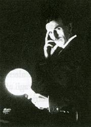 Nikola Tesla con Lampada