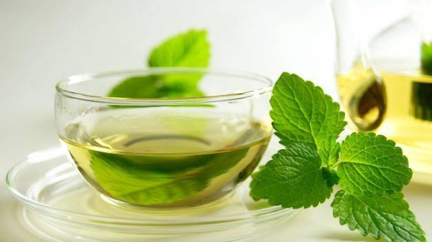 Tè Verde con Foglie di Menta