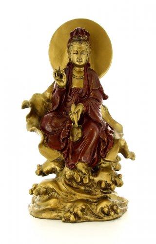 Kuan-Yin Seduta su una Foglia