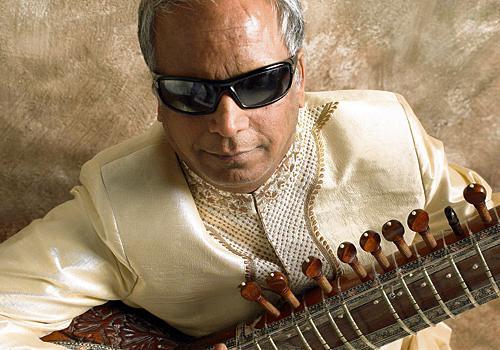 Baluji Shrivastav - Foto autore