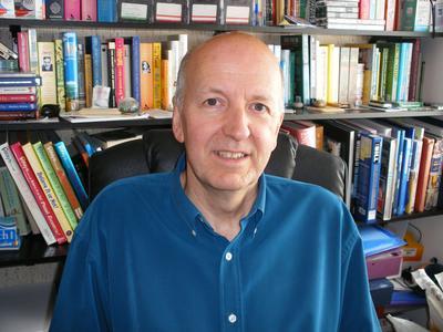 Geoff Tibballs - Foto autore