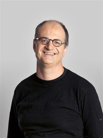 James O'Loughlin - Foto autore