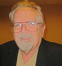 J. Gordon Melton - Foto autore