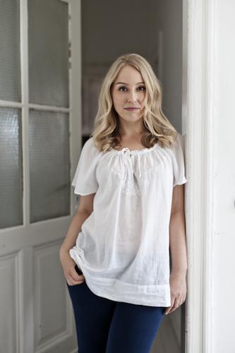 Nicole Just - Foto autore