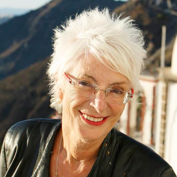 Sue Knight - Foto autore