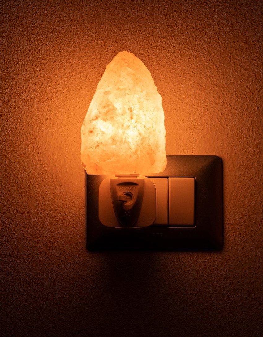 Lampada di Sale Rosa Notturna