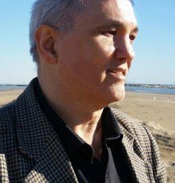 """L'Autore presenta il libro """"Gli Infiniti Adesso dell'Anima"""" - Omaggio Audio Mp3"""