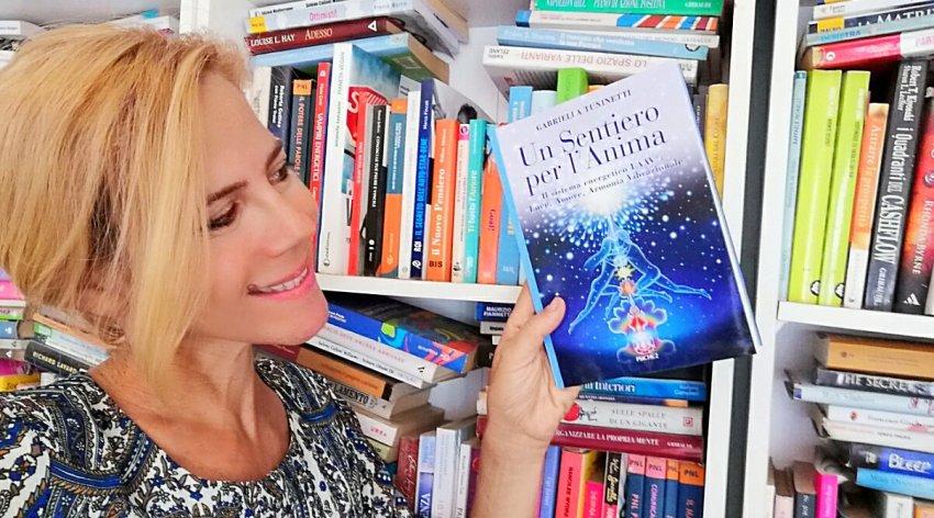 """Leggi l'intervista di Barbara a Gabriella Tuninetti, autrice del libro """"Un Sentiero per l'Anima""""."""