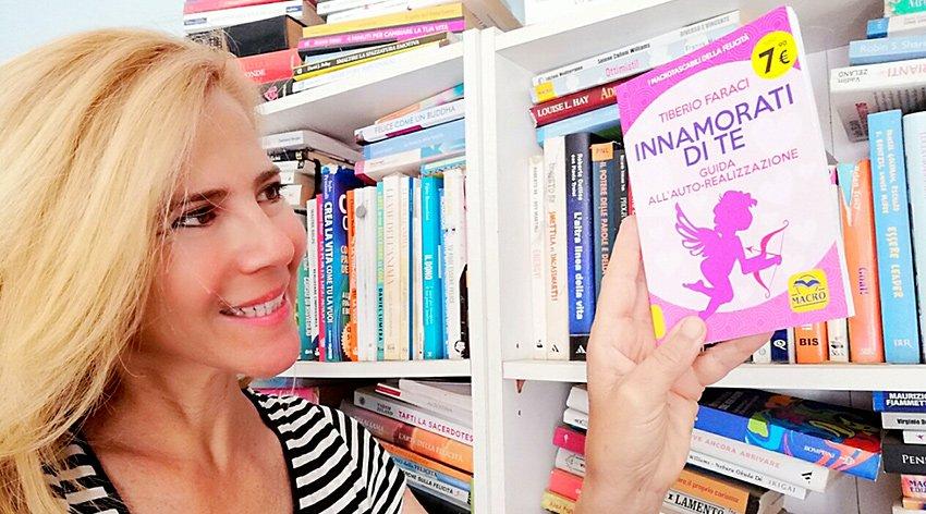 """Barbara ha intervistato Tiberio Faraci, autore del libro """"Innamorati di Te""""."""