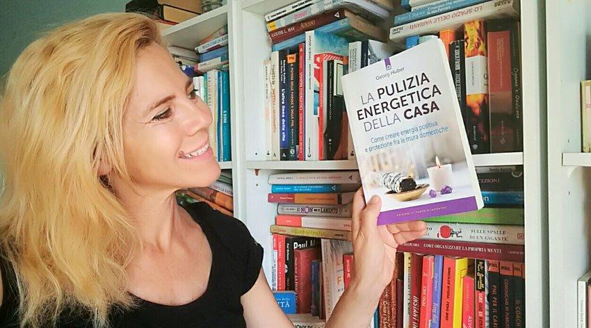 """Barbara ha intervistato Georg Huber, autore del libro """"La Pulizia Energetica della Casa""""."""
