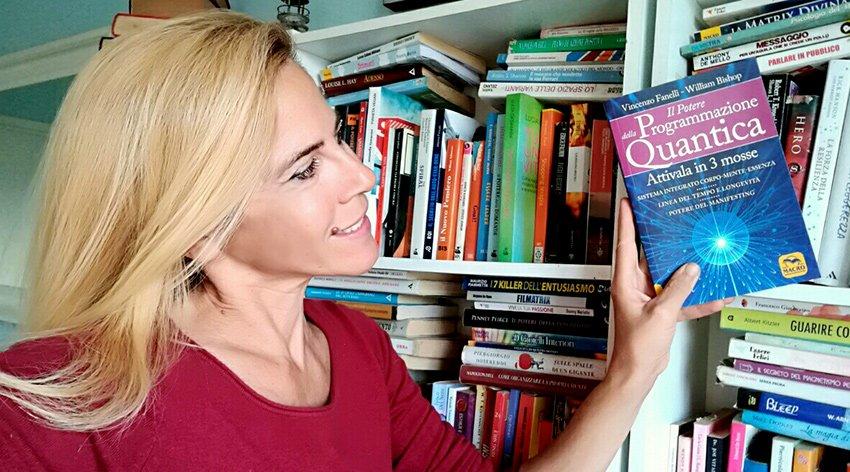 """Barbara ha intervistato Vincenzo Fanelli, autore del libro """"Il Potere della Programmazione Quantica""""."""
