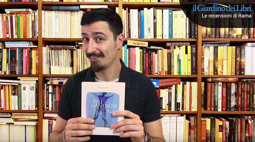 """Rama a fatto una video-recensione del libro """"Fili di Energia"""" di Denise Linn."""