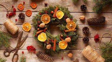 Decorazioni natalizie fai da te: come decorare casa a Natale con frutta e piante
