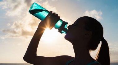 Scopri i benefici che una corretta idratazione ha sulla salute