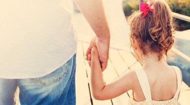 Che Cosa sono le Ferite Paterne? Il Caso del Padre Assente