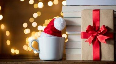 10 ottimi motivi per regalare un libro a Natale