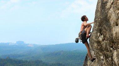 Come raggiungere la consapevolezza di sé tramite l'arrampicata